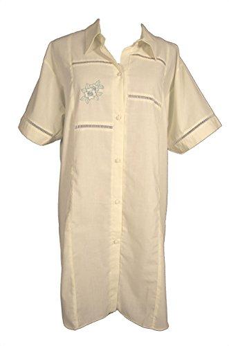 Batist Nachthemd 2002D Gr. 36/38 hellgelb zum Durchknöpfen, unifarbig mit Blumenstickerei auf der Brust; gewebte Ware; produziert in Deutschland; hochwertig verarbeitete Markenware, gewebter Stoff