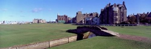 Panoramic Images – Footbridge in a golf course The Royal and Ancient Golf Club of St Andrews St. Andrews Fife Scotland Photo Print (91,44 x 30,48 cm)