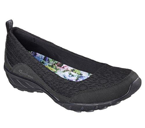 womens-sports-shoes-colour-black-brand-skechers-model-womens-sports-shoes-skechers-savvy-winsome-bla