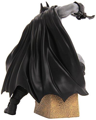 Warner Bros. DC Comics - Figura de acción Batman (KOTOBUKIYA MAR142128) - Figura Batman Arkham City 16 cm 2