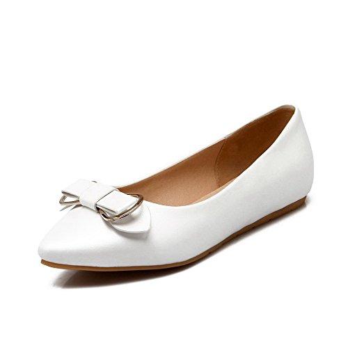 AllhqFashion Damen Pu Leder Niedriger Absatz Spitz Zehe Eingelegt Ziehen Auf Pumps Schuhe Weiß