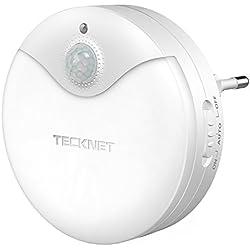 Luz nocturna LED TeckNet Luz LED para escalones con sensor de movimiento y Sensor de luz integrado, Enchufe europeo, Luz Blanco y Suave, Se fija a cualquier sitio