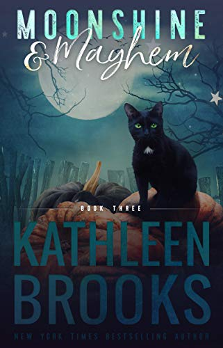 Moonshine & Mayhem: Moonshine Hollow #3 (English Edition) - Lauren Mayhem
