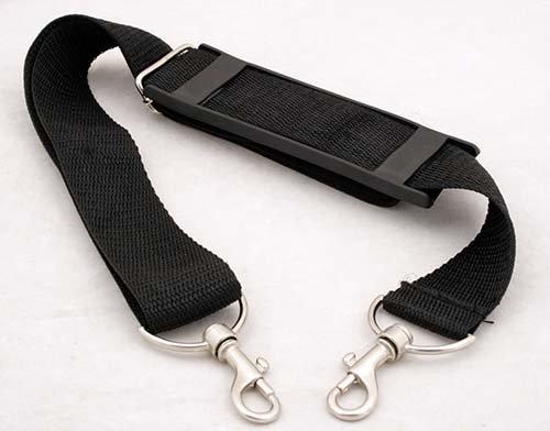 TS Optics TG145 Universal Tragegurt/Schultergurt (Länge: 145 cm, mit Metallkarabiner, für Fotokoffer, Reisetaschen, Sporttaschen) schwarz