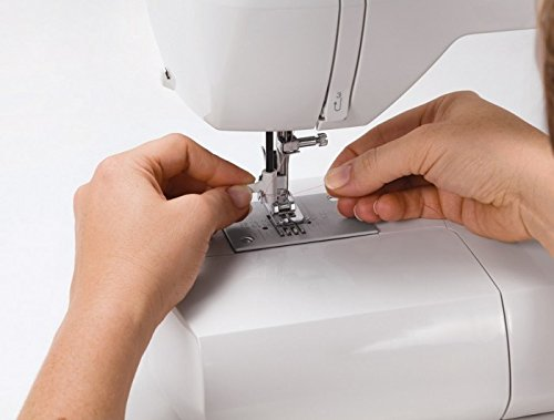 Máquina de coser Singer Starlet 6699