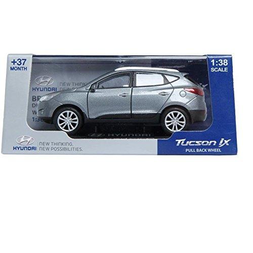 pino-bd-hyundai-tucson-ix-138-diecast-miniature-display-front-door-silver