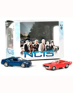 2009-dodge-charger-1970-plymouth-cuda-from-the-television-show-ncis-2013-greenlight-collectibles-164