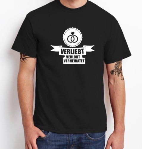 ::: VERLIEBT, VERLOBT, VERHEIRATET ::: T-Shirt JGA ::: Herren Schwarz