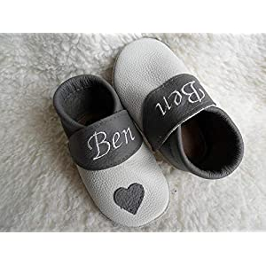 Annes-Lederpuschen Krabbelschuhe mit Namen Taufschuhe Babyschuhe personalisiert Lederpuschen Jungen Geburtsgeschenk weiß…