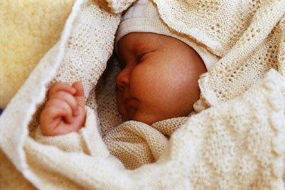 Disana Baby Wolldecke - Gestrickt aus 100% kbT Schurwolle, Größe 100x80cm, Weiß, Medium -