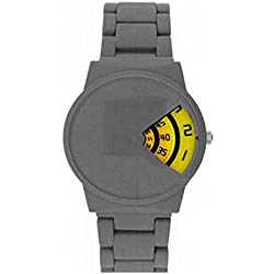 Softech Men's Grey Rubberised Metal Strap Jump Hour Yellow Disk Display Wrist Watch Analog Quartz Fold Over Clasp Extra Battery