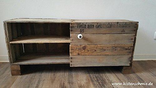 mini-moviestar-tv-tisch-sideboard-aus-alten-weinkisten