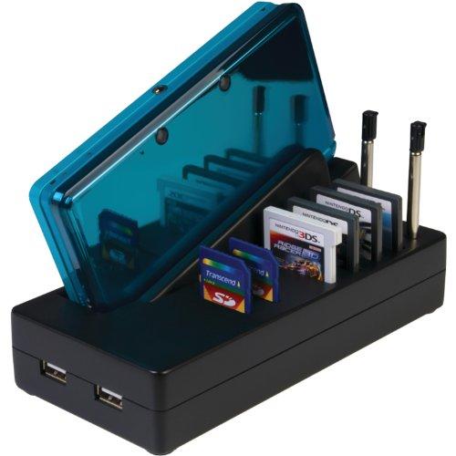 DS Ladestation für 3DS, DSi oder DSi-XL mit Netzteil, USB-Frontanschlüssen und Zubehör-Halterung (3ds-docking-station)