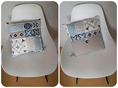 housse-de-coussin-40x40cm-aux-motifs-geometriques-style-carreaux-de-ciment-en-bleu-gris-et-beige