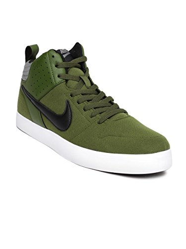 Nike Men's Green Black Grey Matti Sneakers - 6