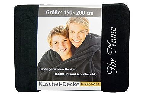 Kuscheldecke mit Namen / nach Wunsch bestickt, 150 x 200 cm, Farbe schwarz, Stickfarbe Name silber; Decke, Wohndecke, Tagesdecke; Übermittlung Wunschtext siehe Beschreibung