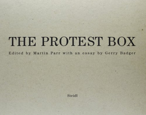 Protest on Paper Presented By Martin Parr (5 Vol. in a Box)/Anglais