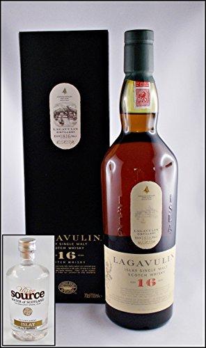 lagavulin-16-yo-islay-single-malt-whisky-mit-original-uisge-source-water-of-scotland-kostenloser-ver