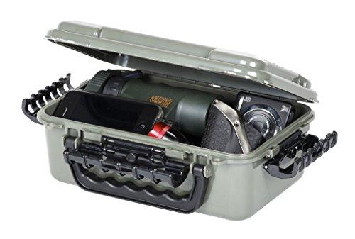 plano-molding-company-3600-hunter-guide-series-pc-field-box-od-green-medium
