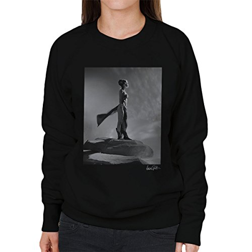 Brian Griffin Official Photography - Star Wars Behind The Scenes Princess Leia Gold Bikini Women's Sweatshirt (Gold Leia Bikini)