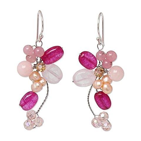 Novica teints Boucles d'oreilles en grappe de perle de culture avec quartz rose, 'Radiant Bouquet'