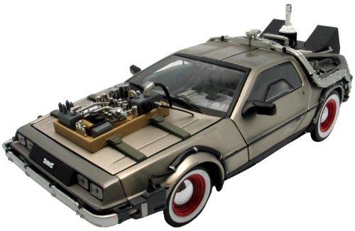 Soldat Toys Sunstar 3097794 - Maqueta de DeLorean LK Coupe (25 cm, escala 1:18)