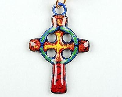 Pendentif croix celte rouge rond vert émail sur cuivre