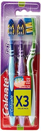 فرشاة أسنان بخطوط متعرجة من كولجيت، عبوة قيمة، 3 قطع بألوان متنوعة