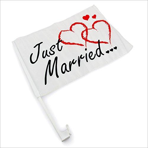 Relaxdays Autofahne Autoflagge Hochzeitsschmuck fürs Auto Just Married - schwarze Schrift rote Herzen - 30x46cm
