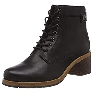 Clarks Women's Clarkdale Tone Ankle Boots 16