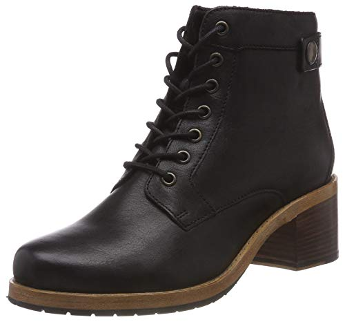 Clarks Women's Clarkdale Tone Ankle Boots 1