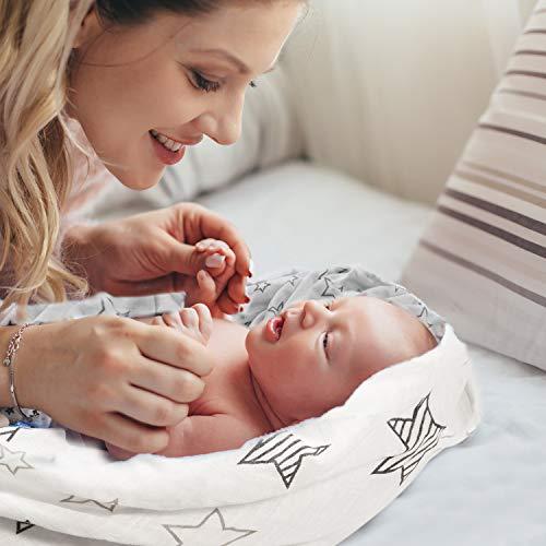 Mantas Swaddle Bebé de Envoltura de Muselina 120cm x 120 cm- Momcozy Multiuso Paquete de 4 Mantas Cuadradas Grandes para Envolver Bebés Recién Nacidos, de Algodón Orgánico de Bambú