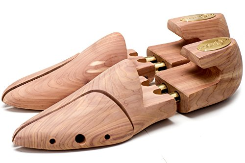<span class='b_prefix'></span> SEEADLER® Premium Shoe Trees / Stretchers for Men made by Europes #1 Shoe Tree Expert – St. John edition in Red Cedar Wood - life extensive service - 100% Money Back Guarantee