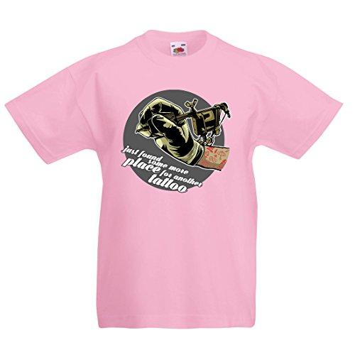 Kleidung Pink Panther (lepni.me Kinder Jungen/Mädchen T-Shirt Aerograph - Tätowierungs-Tinten-Maschine, ist Jeder Zoll Tätowiert, Coole Spitzen, Fan-Kleidung, Spaß-Geschenk-Ideen (5-6 Years Pink Mehrfarben))