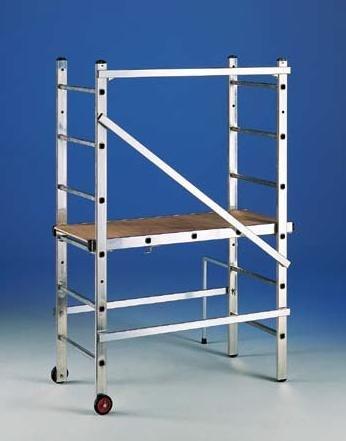 Andamio de aluminio transformable en escalera 3x6