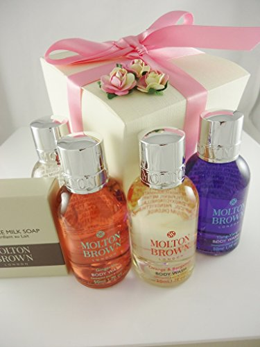 molton-brown-luxury-large-treats-pink-gift-set-with-orange-and-bergamot