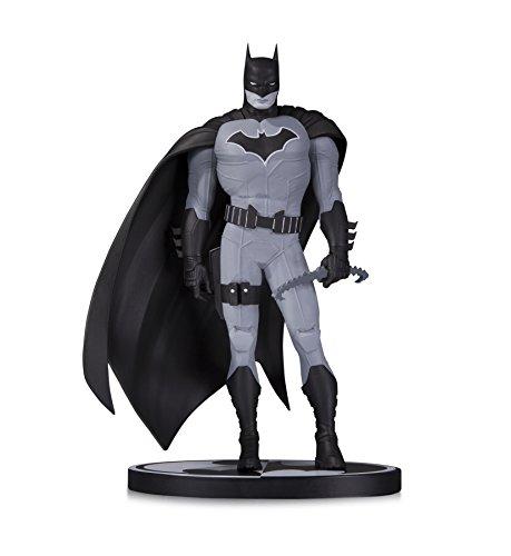 Batman JUL170500 - Estatua de John Romita Jr