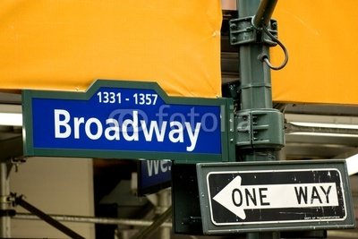 broadway-avenue-sign-in-midtown-manhattan-nyc-7261645-canvas-110-x-70-cm