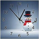 Wallario Glas-Uhr Echtglas Wanduhr Motivuhr • in Premium-Qualität • Größe: 30x30cm • Motiv: Winterstimmung - Frecher Schneemann mit Zylinder und rotem Schal