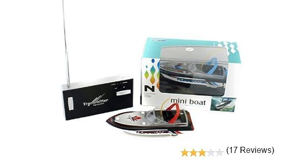 Mini R/C Kleinstes Rennboot Der Welt Im 1/64 Maßstab