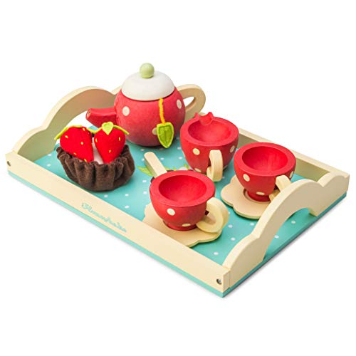 Le Toy Van Honeybake Wooden Tea Set, Essential baby toys, toys for every developmental stage, baby toys, must have baby toys, the best toys for babies, gift ideas for babies, Christmas baby gift ideas, gifts for babies