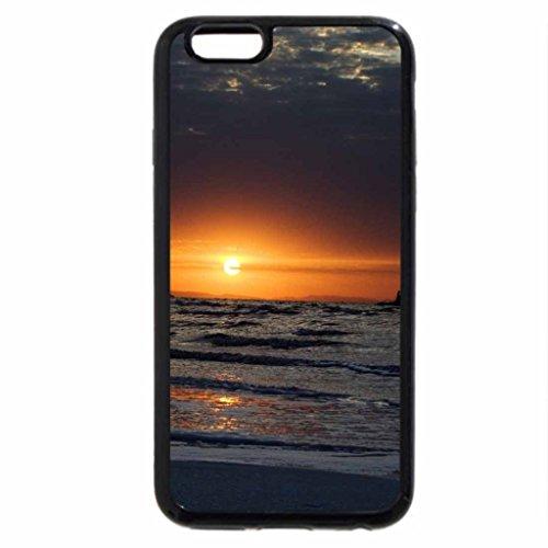 iPhone 6S / iPhone 6 Case (Black) boat on urmia lake in turkey at dusk