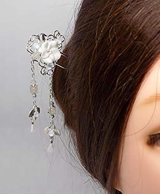 Pic à chignon mariage argenté bohème fleur blanche pierre de lune strass swarovski crystal powder blue et pompons blancs