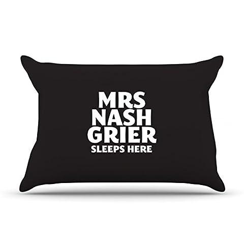 Mrs Nash Grier dort ici Taie d'oreiller, noir, Taille unique
