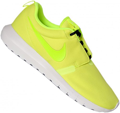 Nike Roshe Run Nm, Baskets Basses homme Volt Volt/blk