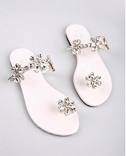 Flip pince orteil chaîne mot fleur de diamant avec plat plat avec des sandales à talons bas et pantoufles White