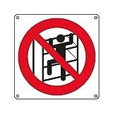 Cartello di divieto in alluminio vietato arrampicarsi - Tipologia: Divieto - Materiale: alluminio - Messaggio: vietato arrampicarsi - Dimensioni: 270x270 mm
