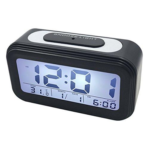 Preisvergleich Produktbild EASEHOME LCD Digitale Wecker,  Digitaler Wecker Reisewecker Datum Temperatur Anzeige Kinderwecker Batteriebetrieben Digitalwecker mit Snooze Nachtlicht Funktion und Laut Alarm,  Schwarz
