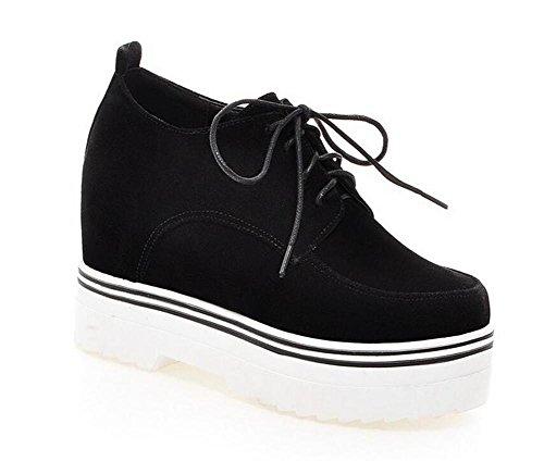 Retro scarpette in pelle opaca della bocca poco profonda del tallone di cuneo ha abbellito Lace -Up Shoes black