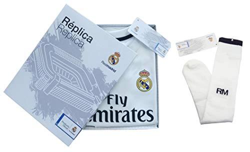 Conjunto Complet Infantil Real Madrid Réplica Oficial Licenciado de la  Primera Equipación Temporada 2018-19 a1d64d824ee0d
